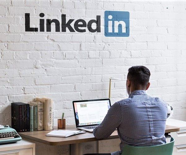 Drie-tips-om-je-LinkedIn-pagina-een-boost-te-geven